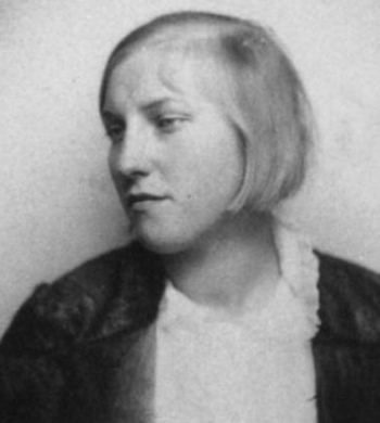 Marie-Thérèse Walter was 17 when she started an  affair with Picasso, then 45.
