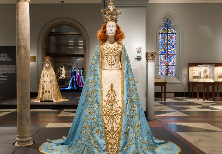 Met's 'Heavenly Bodies' Fashion Exhibit Heads for Final Weekend After Record Run 4