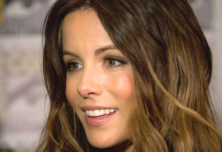 Kate Beckinsale Makes Statement at 46 in Stunning Bikini Beach Photos
