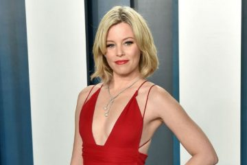 Elizabeth Banks took a stand on sustainable fashion by recycling a 2004 dress on Oscars night. (Photo: Bang ShowBiz)