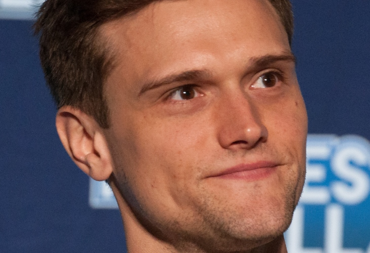Racist Tweets Catch Up to Hartley Sawyer, Sacked from 'The Flash' (Video)