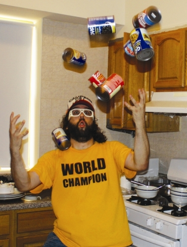 Judah Friedlander Shows 'How to Beat Up Anybody'