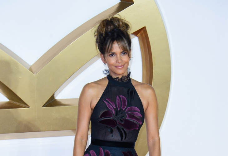 Halle Berry Reveals Her 'Intense' Workout to Get Perfect Abs in 7 Steps