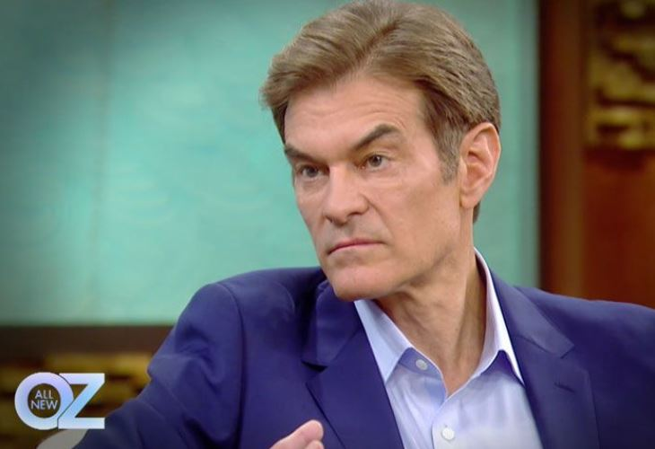 Dr Oz is under fire from top doctors who want him booted from Columbia University's faculty for endorsing sketchy diet supplements. (Photo: Dr. Oz Show)