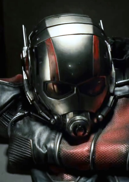 Paul Rudd First Look in Action as Ant-Man in New Marvel Trailer (watch!) 2
