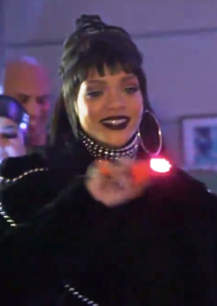 Rihanna Gives Jimmy Kimmel a Wake Up Call on April Fool's Day (watch!) 4