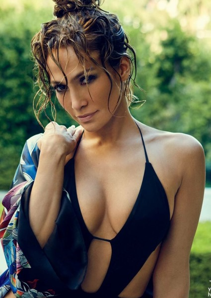Jennifer Lopez, Yankee Great Shacking Up in New York City, Reports Say 12