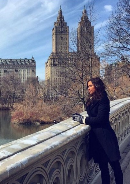 'Bachelorette' Kaitlyn Spares the Rose And Spoils The Men in NYC (video!) 24