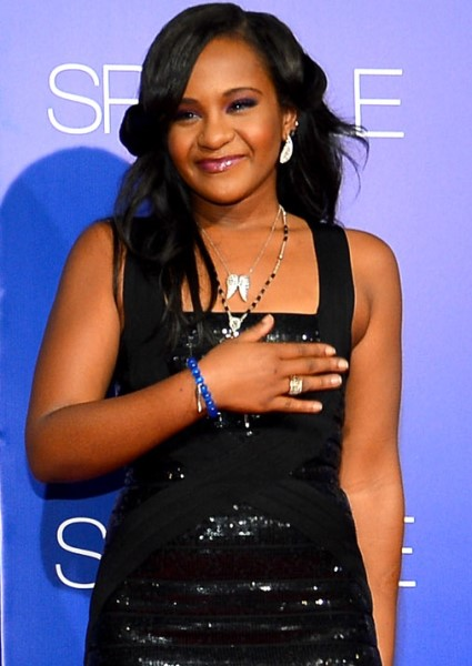 Bobbi Kristina Brown's Aunt Slaps Down Latest Report on Her Condition 8