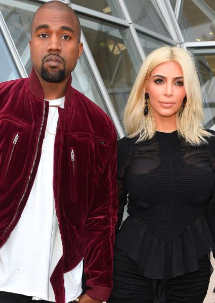 Kanye West Suffers Double Insult at Glastonbury Music Festival (video) 6