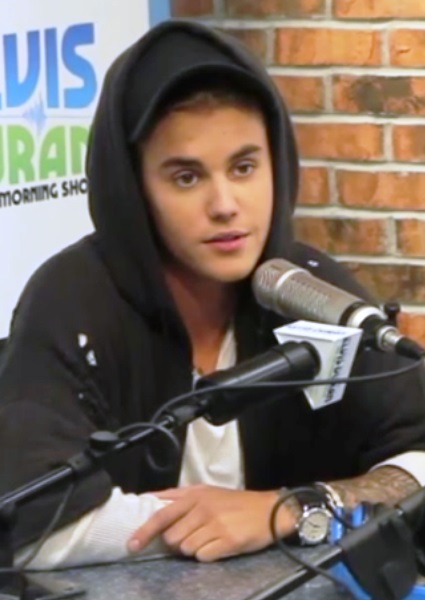 Justin Bieber Admits He Grapples With Mixed Feelings, Awkwardness (watch!) 3