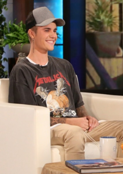 Justin Bieber Talks Only Two Things Going for Him--Penis, Selena (watch!) 7