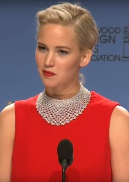 Jennifer Lawrence Globes Scolding Blows Up Into PR Disaster (Video) 30
