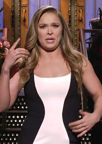 Ronda Rousey Assures Fans She's Not 'Brain Damaged' on SNL (watch!) 2