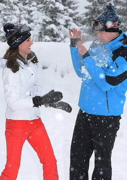 William, Kate Really Are Like You and Me (Almost) Release Family Ski Photos 2