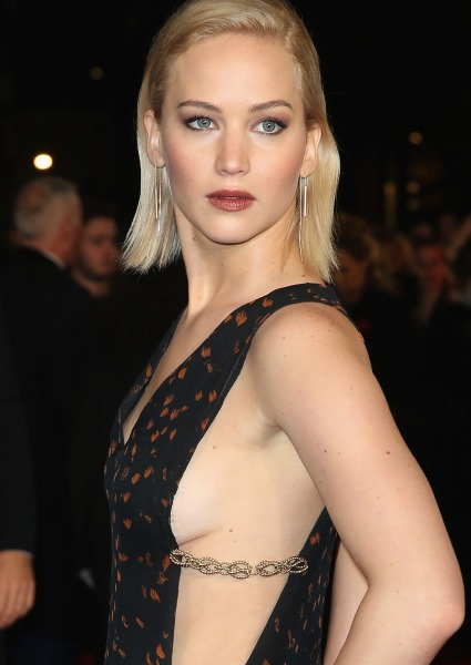 Jennifer Lawrence Stinker, Passengers, So Close to Being Classic (see!) 26