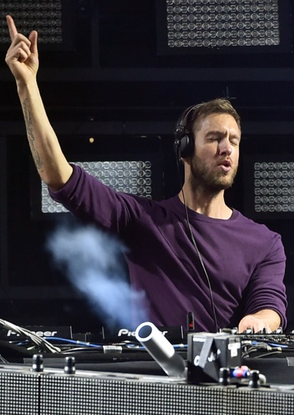 Is Calvin Harris a Taylor Swift Cry Baby? Or Is He a New Sensitive Male? 14