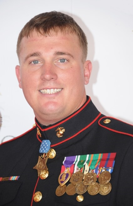 Dakota Meyer Scolds Donald Trump For Criticizing Slain Soldier's Family 4