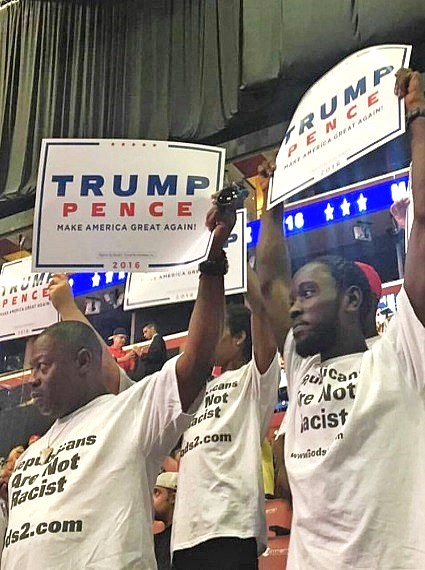 Black Voters Turn to Trump as Hillary's Poll Numbers Tank 19 Points 8