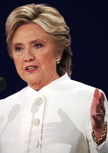 Clinton Email Probe a False Red Flag: No Reason to Re-Open Case, FBI Says 30