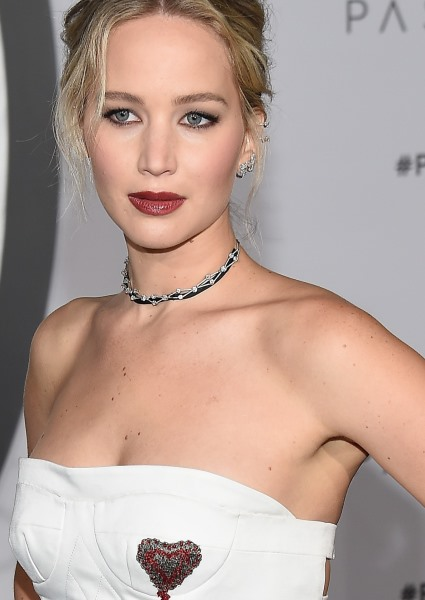 Jennifer Lawrence Takes Flight in Strapless Gown at Passengers Debut 30