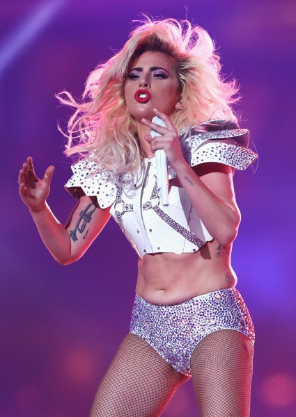 Lady Gaga Super Bowl Fantastic; Diet, Workout That Got Her There (videos!) 14