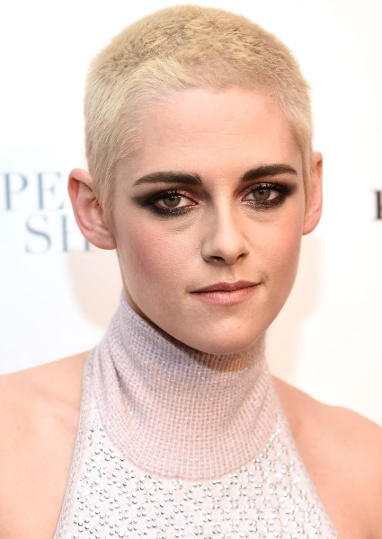 Kristen Stewart Finally at Ease With Lesbianism 2