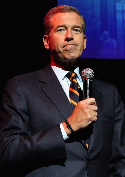 Brian Williams New Embarrassment: Why Is This Guy Still On the Air? (See!) 2