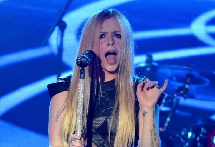 Avril Lavigne is back on the market. (Photo by Theo Wargo/Getty Images)