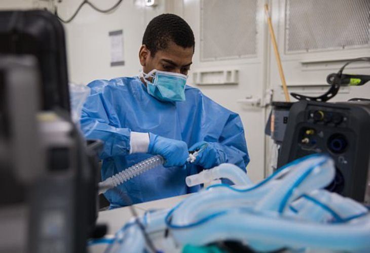 An Army Specialist assembling a ventilator in a mobile lab unit at Javits New York Medical Station in New York City. (Photo: U.S. Government)