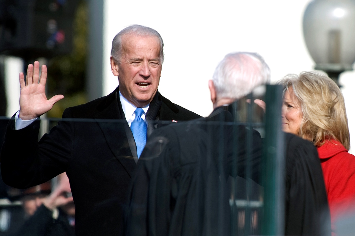 Joe Biden Swearing In 2009