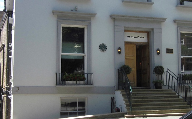 The entrance to Abbey Road Studios, where The Beatles recorded together for the last time. (Photo: Matt Kindelmann)