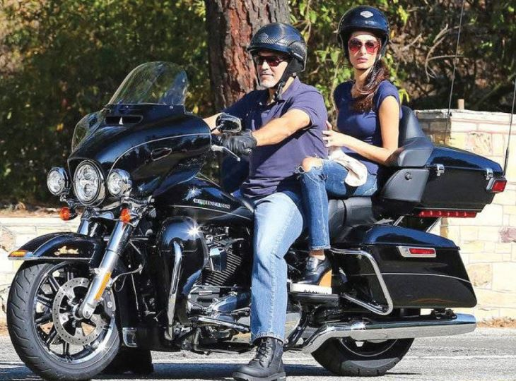 Following Crash, George Clooney Sells Harley Davidson Motorcycle... on Ebay! 18