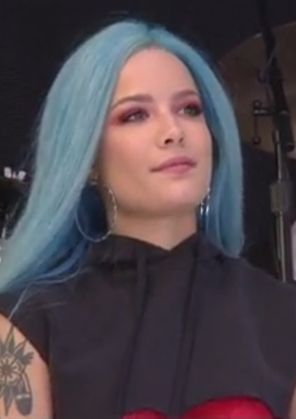 Halsey Takes a Victory Lap on Today Show Center Stage (See!) 14
