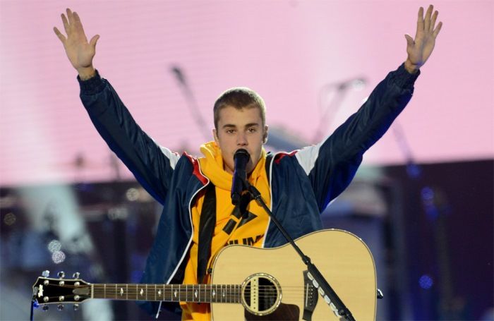 Justin Bieber World Tour Collapses After Singer Complains of 'Exhaustion' 12