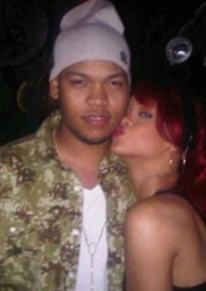 Rihanna's Feelings About Chris Brown Finally Revealed 3