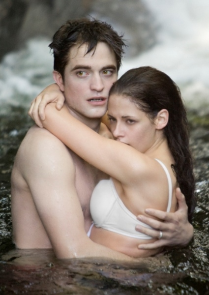 Robert Pattinson, Kristen Stewart: Improper Movie Entertainers of Year 20
