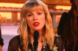 Taylor Swift sings her heart out in a BBC Radio One performance. (Photo: ScreenCap/YouTube)