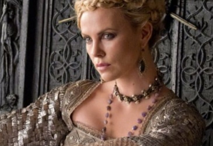 Charlize Theron No Queen About Her Beauty in Real Life, She Says 42