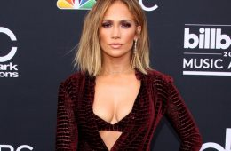 Jennifer Lopez eyed for 2020 Super Bowl halftime show at age 50. (Photo: Bang ShowBiz)