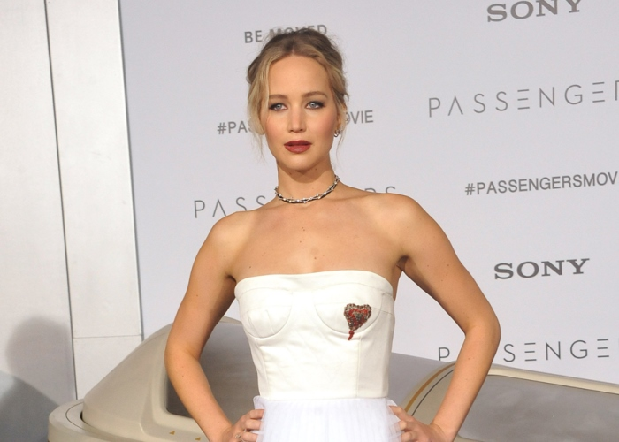Jennifer Lawrence Goes Back to School, Earns 'A' in Political Debate: Who Knew? 12