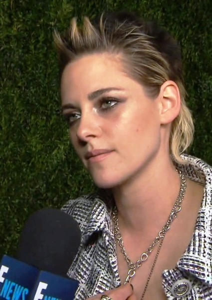 Kristen Stewart Finally Comes to Terms With Twilight Movie Saga (Watch!) 12