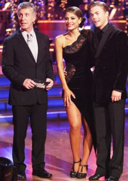 Maria Menounos, Derek Hough Out on Dancing With Stars (video) 46