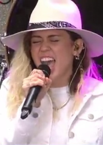 Miley Cyrus Takes New Image, New Songs to Today Show (watch!) 10