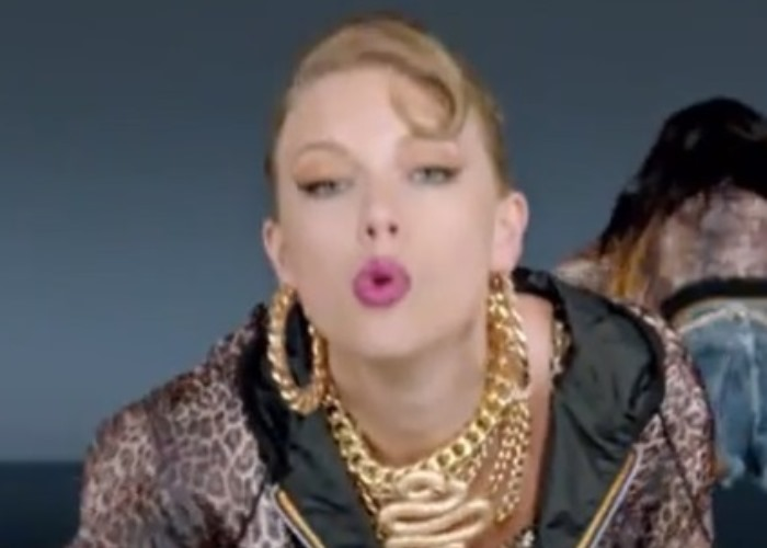 Taylor Swift Sends a Message With New 'Shake It Off' Song, Video (see!) 1